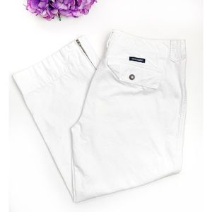 ABERCROMBIE & FITCH White Zip Hem Crop Capri Pants